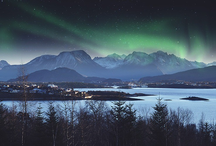 Mountain range and northern lights